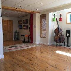 contrebasse et ukulele